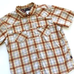 Patagonia men's short sleeve button down shirt